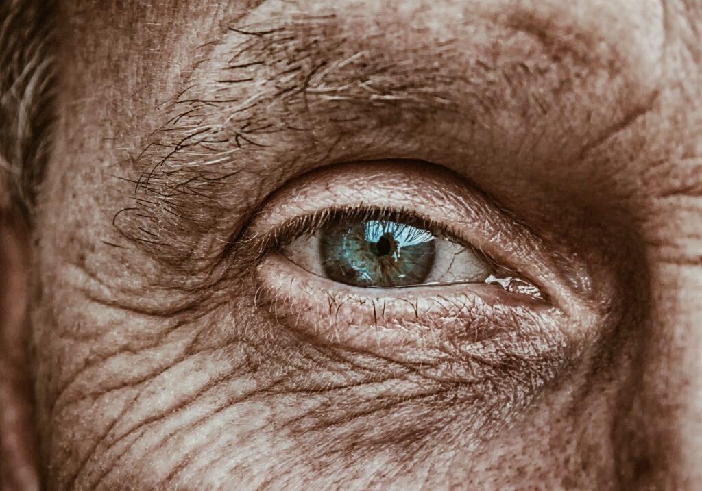 глаз старика